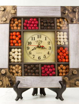 Часы Ягоды