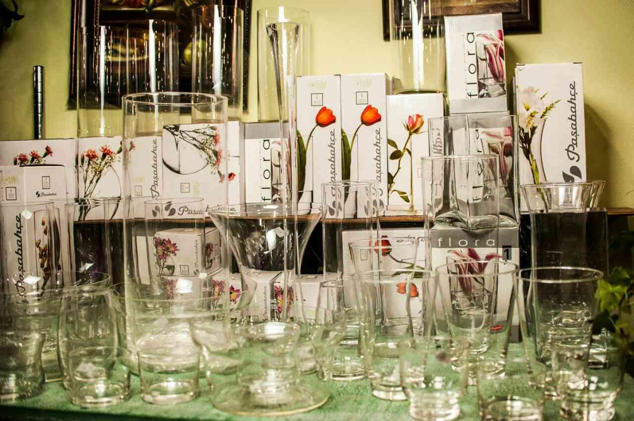steklyanie vazi