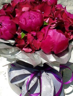 """Цветы в коробке """"Роскошные пионы"""""""